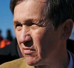 Dennis-Kucinich-Biography--ILH